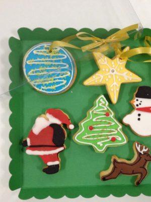galletas navideñas variadas de coradas con glasa y fondant