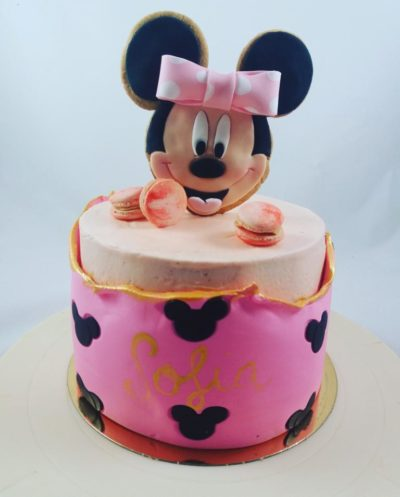 tarta original de Minnie con doble cobertura