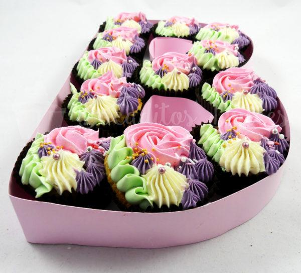 tarta letras y números de cupcakes