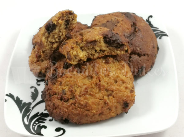 cookies de avena, pasas y chocolate