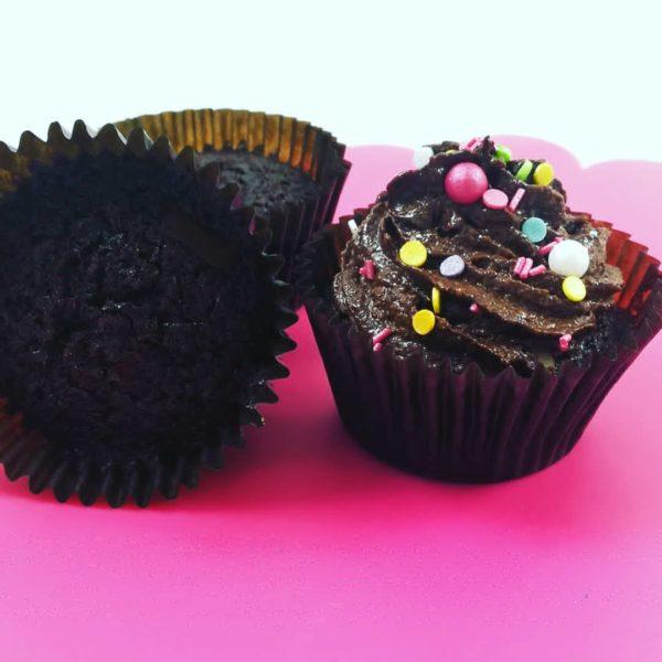 cupcakes de chocolate y coco sanos