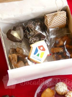cajita solidaria con dulces navideños saludables